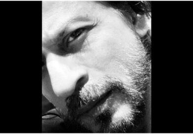 अपनी बढ़ी हुई दाढ़ी वाली तस्वीर जारी कर क्या बोले शाहरुख खान